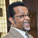 Harvard University Receives the Vast Archives of Televangelist Carlton Pearson